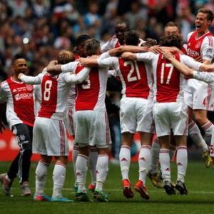 Ajax - Man United. Ce scoruri finale prevad casele de pariuri?