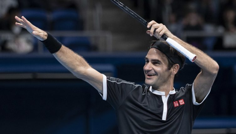 A Roger Federer salute from PA 752x428