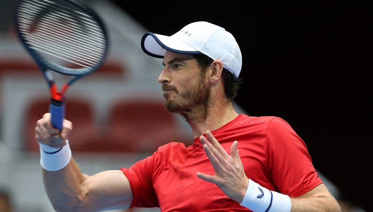 Andy Murray in action against Dominic Thiem 752x428