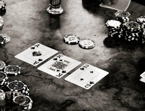 Campionat de poker pentru comunitatea noastra cu premii suplimentare